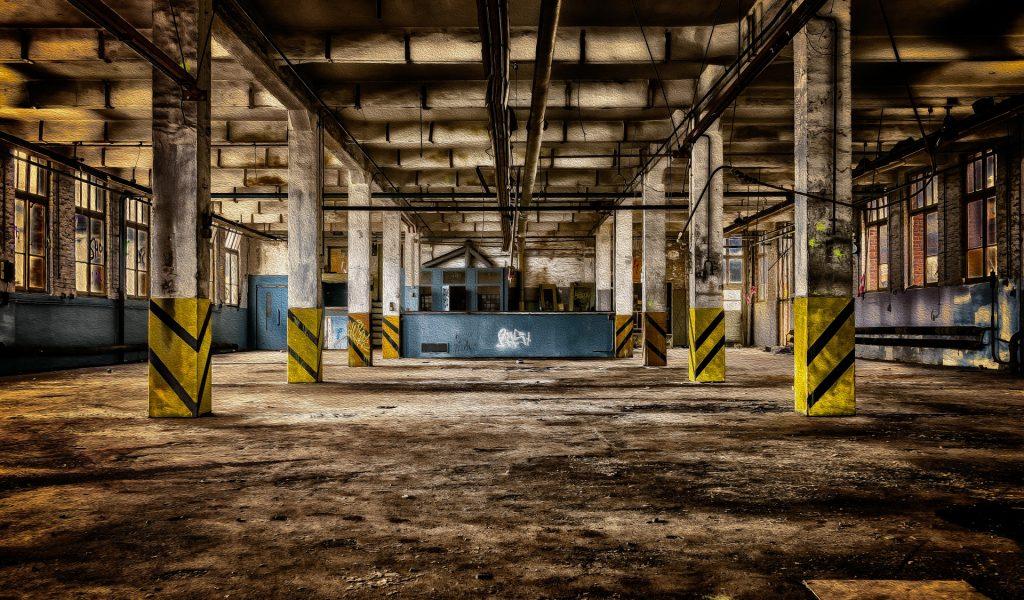 factory-building-3337207_1920